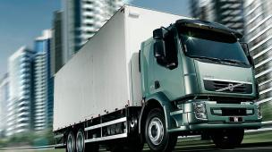A-importância-do-rodízio-de-pneus-para-o-baú-do-caminhão