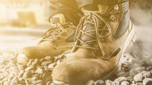 Existe calçado certo para dirigir com segurança? - Blog SOS Baú
